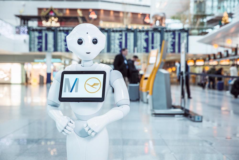 Humanoid robot a repülőtéren